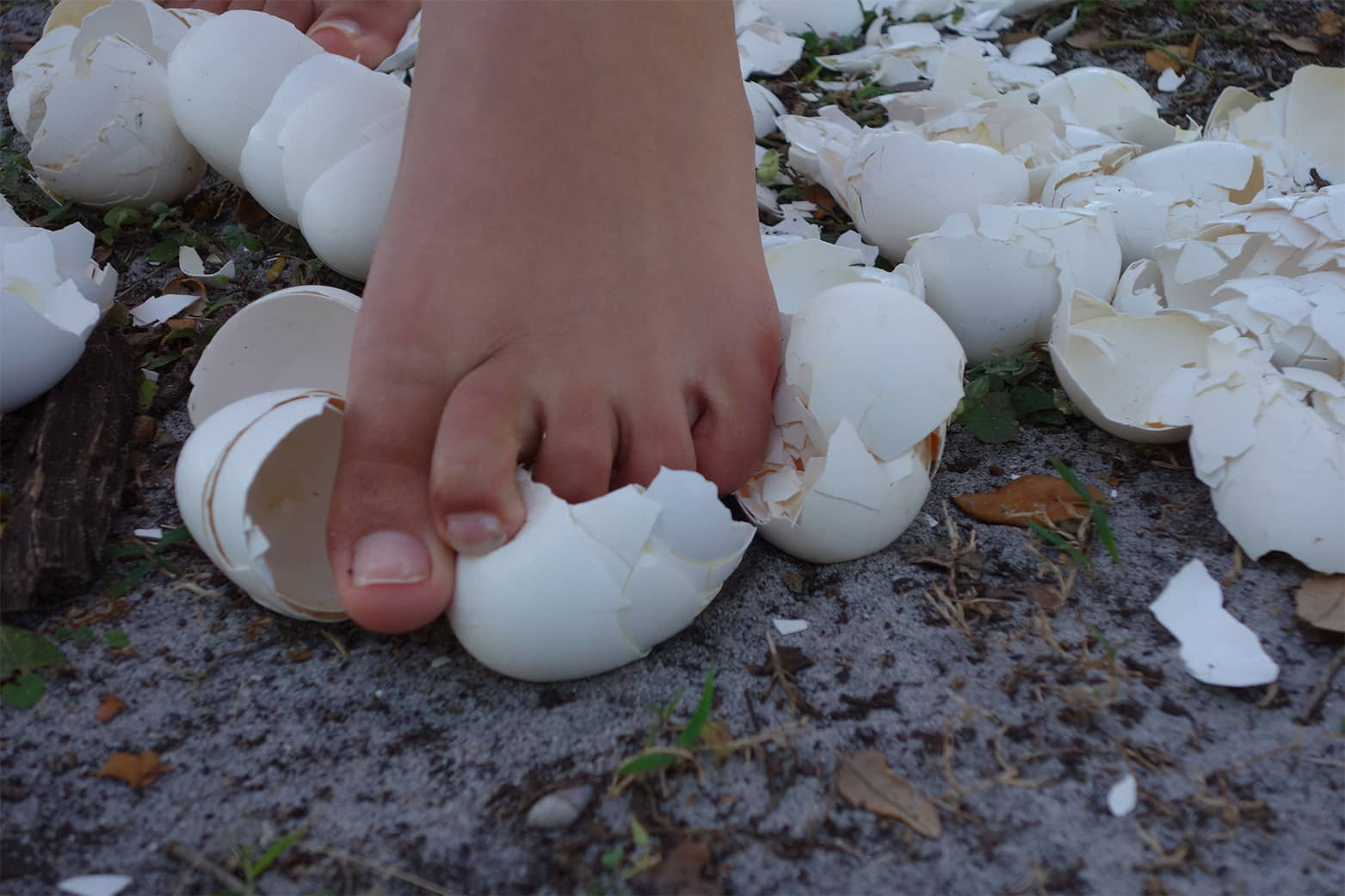 walking_on_eggshells2